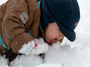 Авторская сказка про мальчика Севу, который ел снег.