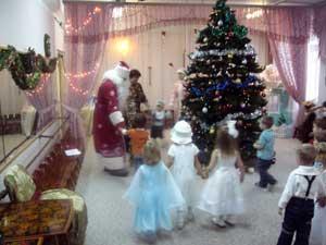 Стихи на новый год для детского сада - Ты ждёшь: когда же он придёт?