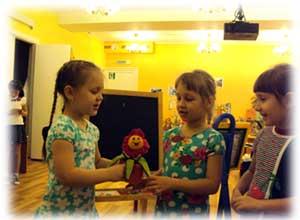 Игра — лучшее средство для знакомства и адаптации ребенка в детском саду