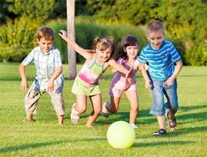 Консультация Игра, как средство социально- коммуникативного развития ребенка