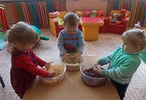 Рекомендации родителям «Как в домашних условиях с помощью круп развивать мелкую моторику рук ребёнка»