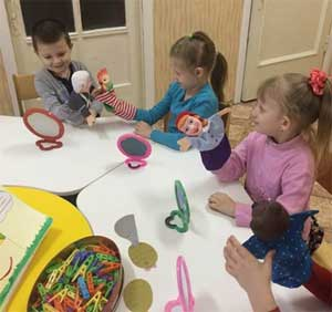 Развитие духовно-нравственных и патриотических качеств детей дошкольного возраста через художественное слово. Кружок «Веселый язычок»