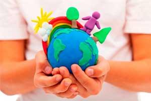 Игровое занятие в детско – родительском клубе «Малышок» в младшей группе по теме: «Я природе помогу, мусор весь я уберу».