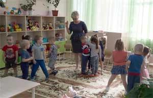 Конспект занятия «Игры на развитие зрительной памяти, произвольного внимания с детьми 3-4 лет»