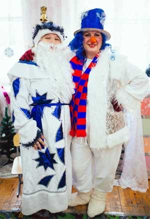 Новогодний праздник «В поисках Деда Мороза» для детей старшей группы