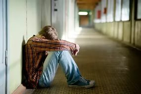Почему они убиваю себя Механизм психики который может привести к детскому суициду