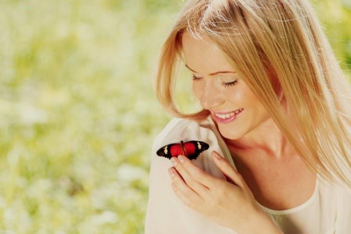 Бабочка на плече или что такое счастье с точки зрения различных психологов