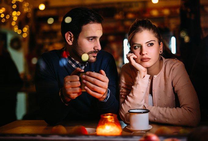 Если женщина не отвечает взаимностью  мужчина не обязан е добиваться